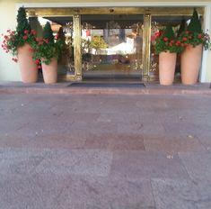 Sidewalk, Table Decorations, Furniture, Home Decor, Decoration Home, Room Decor, Side Walkway, Walkway, Home Furnishings