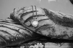 Giant bread with Bazz de Grant necklace.   Picture by Laura Rico