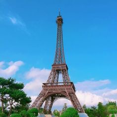 South Korea's theme parks are thrilling, interesting and will definitely give you a great experience. Check out 8 of the best theme parks in Korea.