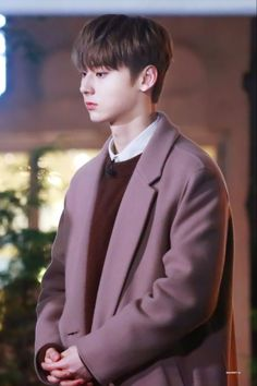 181119 - Entertainment Weekly - Guerilla Date Nu Est Minhyun, Produce 101 Season 2, Entertainment Weekly, Best Memories, Jinyoung, Boys Who, The Voice, Rapper, I Am Awesome
