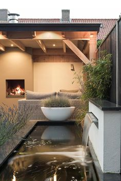 Buitenpracht Houtbouw - Landscaping with pond and veranda Small Gardens, Outdoor Gardens, Roof Gardens, Outdoor Rooms, Outdoor Living, Outdoor Patios, Outdoor Kitchens, Landscape Design, Garden Design