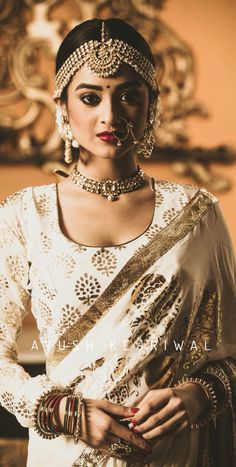 Saree and jewellery Indian Dresses, Indian Outfits, Indian Clothes, Anarkali, Lehenga, Sarees, Bridal Looks, Bridal Style, Indian Couture