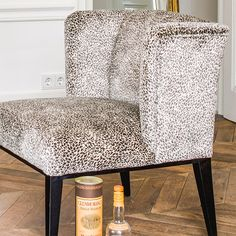 Interior Inspiration, Accent Chairs, Dining Chairs, Furniture, Home Decor, Lounge Chairs, Upholstered Chairs, Decoration Home, Room Decor