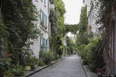 Paris' Most Secret Streets You Need To Walk - Rue des Thermopyles Address: 32 rue Didot This long cobblestone street has loads of flowers and plants lining it.