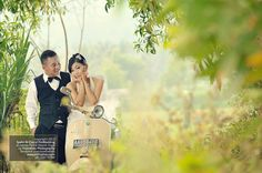 Pre Wedding Photoshoot n Engagement Photography w Vintage Vespa in Jogja Indonesia, http://prewedding.poetrafoto.com/prewedding-engagement-photos-with-vintage-vespa-in-jogja_451