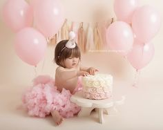 Cake Smash Photography in Los Angeles and Ventura County offered by LA's Best Newborn Baby Photographer, Maxine Evans 1st Birthday Photoshoot, 1st Birthday Party For Girls, Baby First Birthday, First Birthday Photos, Baby Cake Smash, 1st Birthday Cake Smash, Cake Smash Photography, Birthday Photography, Birthday Girl Pictures