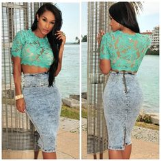🆕Floral Lace Cropped Top Mint lace crop top. Fits a size small. NO TRADES Boutique Tops Crop Tops