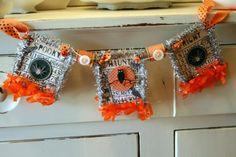 Halloween BINGO card banner Halloween Bingo Cards, Shabby Chic Banners, Vintage Style, Vintage Fashion, Halloween Silhouettes, Banner Ideas, Card Crafts, Crochet Earrings, Seasons