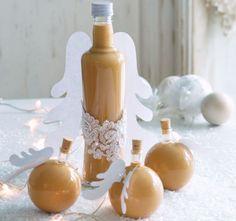 Potěšte své přátele jedlým dárkem, který sami s láskou připravíte Christmas Candy, Christmas Cookies, Christmas Time, Xmas, Czech Desserts, Irish Cream, Baileys, Cocktail Recipes, Cocktails