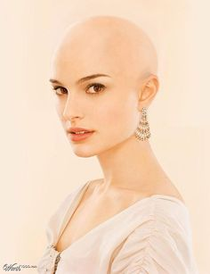 17 Trail-Blazing Bald Beauties In Hollywood - Pins Shaved Head Women, Bald Head Women, Forced Haircut, Natural Hair Styles, Short Hair Styles, Shave My Head, Bald Hair, Shaved Hair, About Hair