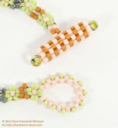 Peyote Stitch Toggle Clasp for a Daisy Chain