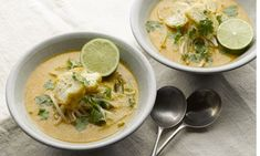 Yotam Ottolenghi's curry laksa recipe Malaysia's rightly famed aromatic, coconutty noodle soup gets the Ottolenghi treatment Yotam Ottolenghi, Ottolenghi Recipes, Vegetarian Laksa, Vegetarian Recipes, Cooking Recipes, Vegetarian Cooking, Healthy Canned Soups, Healthy Eats, Curry Laksa