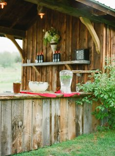 i want this outdoor bar. i'd feel like i had my own personal wine tasting room