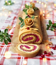 Tee toffeehalko jouluksi. Bake fudge log for christmas. | Unelmien Talo&Koti Kuva ja ohje: Sini Visa