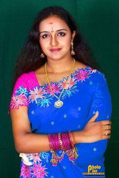 Indian Actress Gallery, South Indian Actress Hot, Indian Bollywood Actress, Beautiful Women Over 40, Beautiful Girl Indian, Most Beautiful Indian Actress, Cute Beauty, Beauty Full Girl, Beauty Women