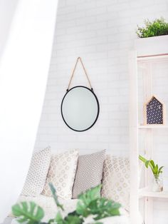 Are you looking to revamp your home this spring? Check out our latest blog and take our interactive quiz to discover which 2018 spring interior trend is right for you.