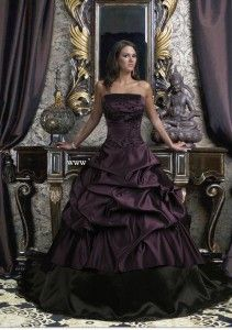 Gothic Wedding Dresses- top red bottom midnight black