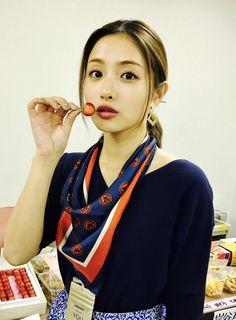 petashi Japanese Models, Japanese Girl, Petty Girl, Satomi Ishihara, Beautiful People, Beautiful Women, Girls In Love, Asian Beauty, Asian Girl