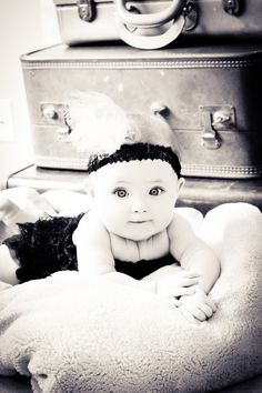 Infant shoot using vintage props... absolutely LOVE this!!!