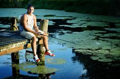 Senior picture _boy fishing - Photography, Landscape photography, Photography tips Funny Senior Pictures, Senior Pictures Sports, Senior Photos, Senior Portraits, Male Portraits, Portrait Poses, Portrait Ideas, Senior Boy Poses, Senior Guys