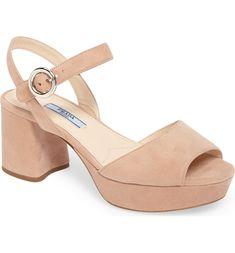 bc452b7e1a66 Jewel Badgley Mischka Hunt Glittery Wedge Sandal (Women)