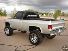 old trucks chevy Chevy K10, 87 Chevy Truck, Lifted Chevy Trucks, Chevy Pickups, Chevrolet Trucks, Chevrolet Silverado, C10 Trucks, Pickup Trucks, Trailer