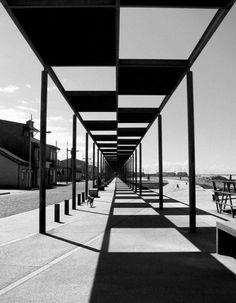 Танец света и тени в архитектуре....