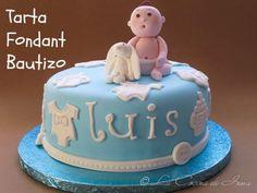 Tarta Fondant Bautizo en azul / Christening cake in blue, fondant cake