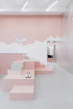 superfuture :: supernews :: kiev: blushhh! store relocation © akz architectura / photography: lesha yanchenkov