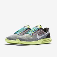 A versenyeken, az edzés során és az életben elért csúcsteljesítményhez tervezett termékek. A legújabb innovációk vásárlása a Nike.com webhelyen.