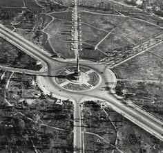 Foto Hein Gorny, Adolph C. Byers: Großer Stern, Berlin 1945 - 1946. Tiergarten.