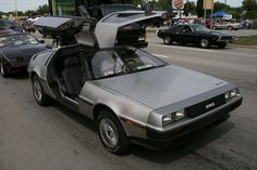 DMC delorean DMC-12