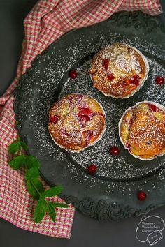 Joghurt-Muffins mit Johannisbeeren