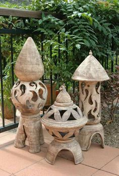 images about pottery inpirations Outdoor Sculpture, Outdoor Art, Sculpture Garden, Ceramic Pottery, Ceramic Art, Sculpture Clay, Sculptures, Japanese Garden Lanterns, Ceramic Lantern