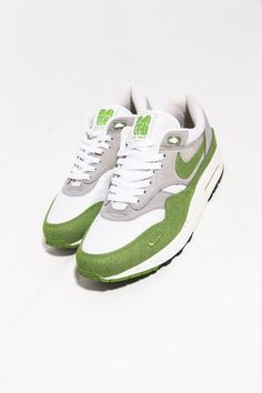 on sale b3535 40cb6 Nike Air Max 1 QS Patta Green