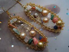 Perlenohrringe im Edelstein Mix,nude Look,wirework von kunstpause auf DaWanda.com
