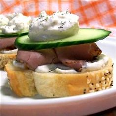 Creamy Horseradish Garlic Spread - just had this with my corned beef! Excellent.