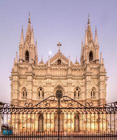 Catedral de Santa Ana, El Salvador. ¡Hermosa!