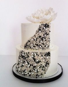 Glam Cake #weddingcakes