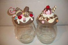 Jogo de Potes decorados com docês em biscuit. Unidade  sai por 40,00 . R$ 80,00