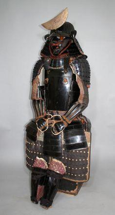 Sendai Yukinoshita Dou Gusoku   ERA: Momoyama-Early Edo 1590-1620  STYLE: Yukinoshita Dou gusoku – Sendai Gusoku  REGION: Sendai  SCHOOL: Yukinoshita  SIGNATURE: None visible  This is a very nice early and complete matching armor of the Date clan.