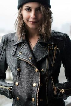 leather jacket / Willa Holland as Emma Albright