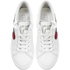 Marc Jacobs Shoes White Empire Finger Low Top Sneaker (2,900 GTQ) ❤ liked on Polyvore featuring shoes, sneakers, leather sneakers, lace up sneakers, white sneakers, white trainers and metallic shoes