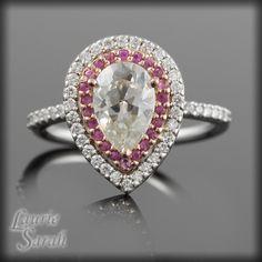 pear shaped engagement rings pinterest by weddingexplore (3 ...