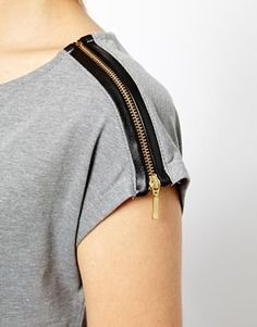 Soft grey top with black exposed zipper at shoulder.. DIY the look yourself: http://mjtrends.com/pins.php?name=zipper-for-top