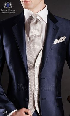"Wedding suit blue light fabric ""new performance"". Sartorial classic with two covered buttons and two rear openings."