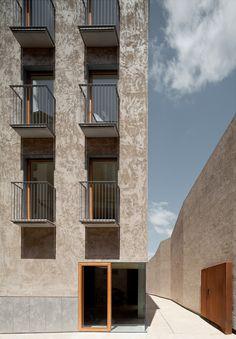 Pereda Pérez - Housing project in the historic center of Pamplona, 2013. Photos © Pedro Pegenaute.