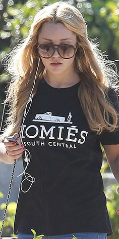 6485e1c6299 Amanda Bynes Brian Lichtenberg Homies Tee – Top  Brian Lichtenberg Homies  Tee Where  Out and about in Thousand Oaks