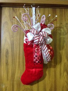 Christmas Stocking Door Hanger by ImaginedByDonna on Etsy Winter Christmas, Christmas Time, Christmas Ornaments, Christmas Picks, Christmas Door, Christmas Projects, Holiday Crafts, Christmas Ideas, Traditional Christmas Stockings