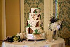 Sweet birch tree cake for an earthy wedding